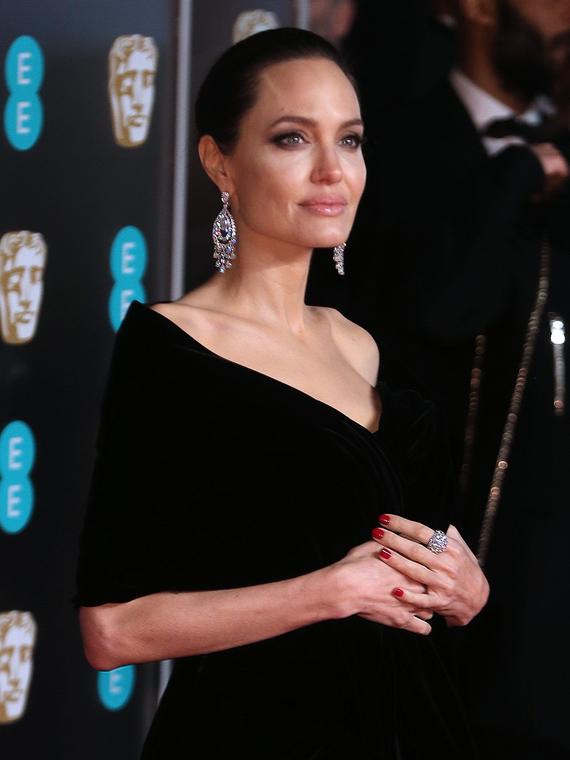 Salt: главное здесь, остальное по вкусу - Анджелина Джоли стала приглашенным редактором журнала Time
