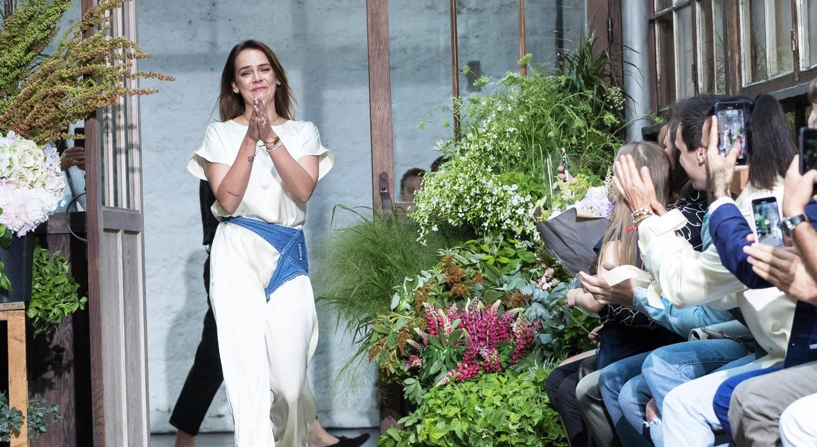 Salt: главное здесь, остальное по вкусу - Внучка Грейс Келли представила коллекцию своего бренда Alter Design на Неделе моды в Париже