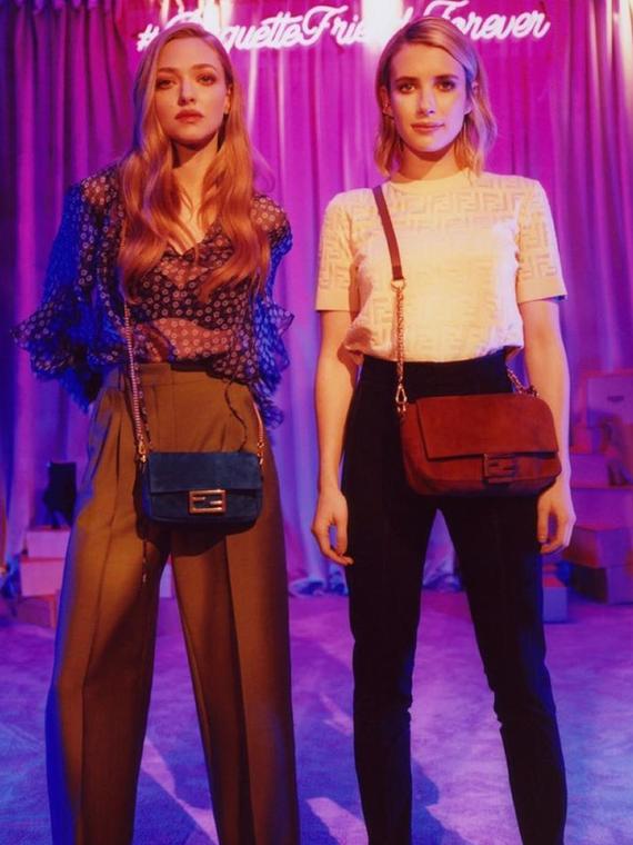 Salt: главное здесь, остальное по вкусу - Легендарный Baguette: Эмма Робертс и Аманда Сейфрид в рекламной кампании Fendi