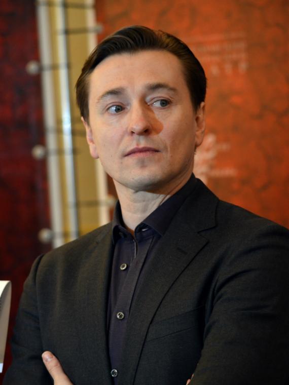 Salt: главное здесь, остальное по вкусу - «Я сыграл Ибрагима»: Сергей Безруков рассказал о киносериале «Бендер»