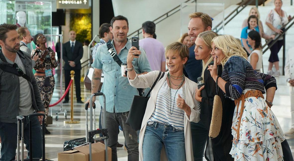 Salt: главное здесь, остальное по вкусу - Снова вместе: новый тизер продолжения сериала «Беверли-Хиллз 90210»