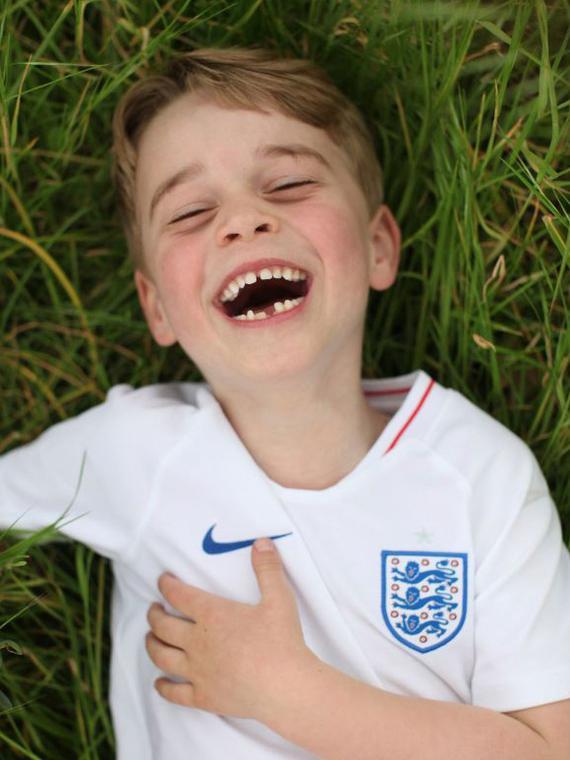 Salt: главное здесь, остальное по вкусу - Принцу Джорджу шесть лет — Кейт Миддлтон сделала новые фото старшего сына