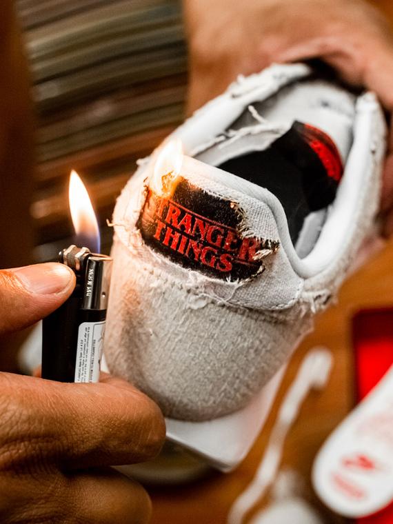 Salt: главное здесь, остальное по вкусу - Кроссовки от Nike, вдохновленные сериалом «Очень странные дела»: их можно (и нужно) поджечь!