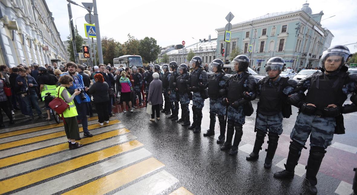 Salt: главное здесь, остальное по вкусу - В Москве на акции за свободные выборы задержаны сотни человек
