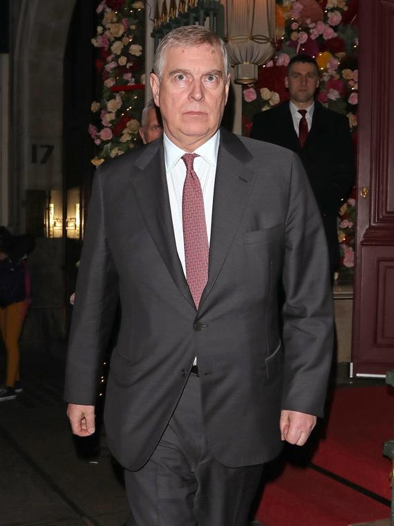 Salt: главное здесь, остальное по вкусу - Принца Эндрю вновь обвинили в педофилии — скандал прокомментировал Букингемский дворец