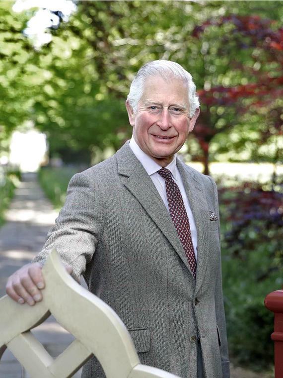 Salt: главное здесь, остальное по вкусу - Принц Чарльз помог создать коллекцию одежды из крапивы для британского бренда Vin + Omi