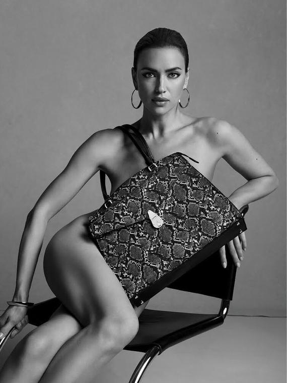 Salt: главное здесь, остальное по вкусу - Ирина Шейк снялась обнаженной для новой рекламной кампании Calvin Klein
