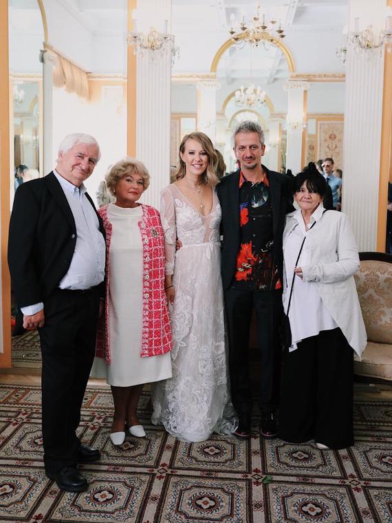 Salt: главное здесь, остальное по вкусу - Ксения Собчак и Константин Богомолов поженились
