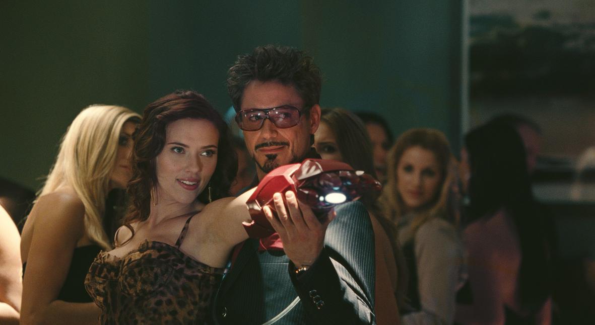 Salt: главное здесь, остальное по вкусу - Роберт Дауни-младший вернется в роли Железного человека в фильме «Черная Вдова»