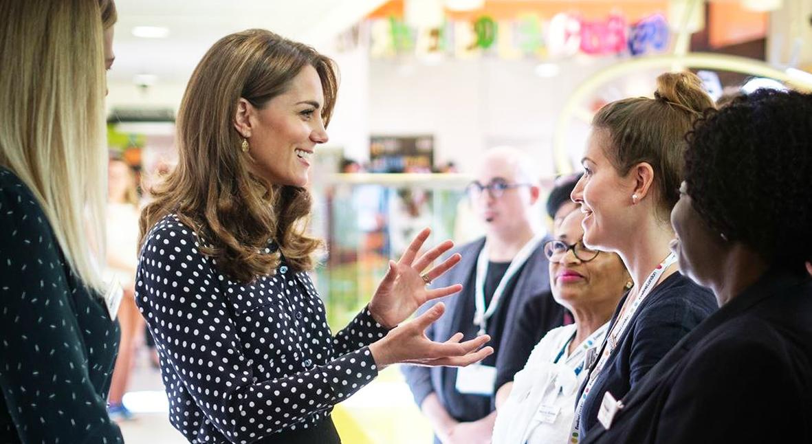 Salt: главное здесь, остальное по вкусу - Кейт Миддлтон посетила детский центр и пообщалась с молодыми матерями
