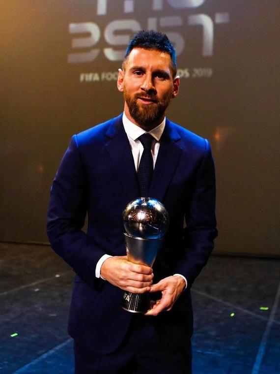 Salt: главное здесь, остальное по вкусу - Лионель Месси в шестой раз стал лучшим футболистом года