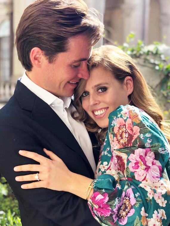 Salt: главное здесь, остальное по вкусу - Принцесса Беатрис и Эдоардо Мапелли-Моцци объявили о помолвке