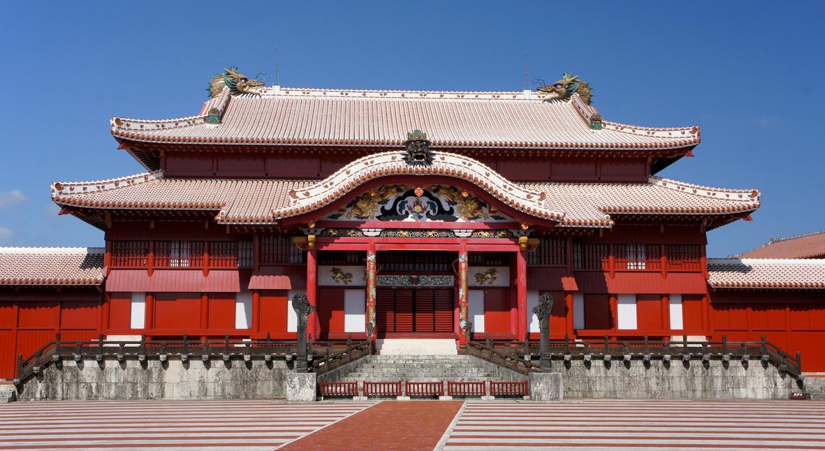 Salt: главное здесь, остальное по вкусу - В Японии сгорел замок Сюри — он внесен в список наследия ЮНЕСКО