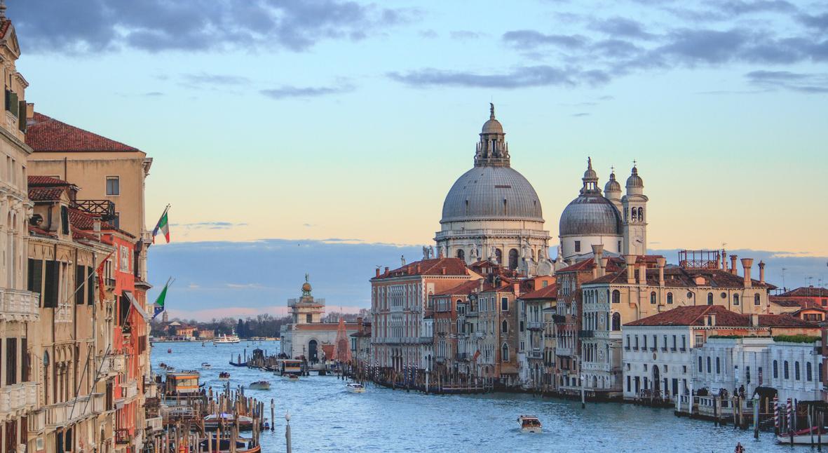 Salt: главное здесь, остальное по вкусу - Уровень воды в Венеции достиг критического уровня — жертвами непогоды уже стали два человека