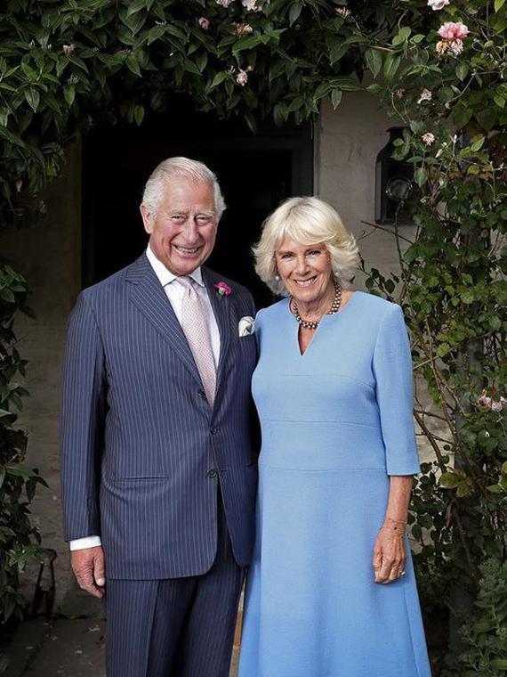 Salt: главное здесь, остальное по вкусу - Принц Чарльз написал пост для Instagram и опубликовал фото с женой