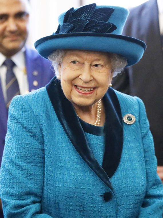 Salt: главное здесь, остальное по вкусу - СМИ: королева Елизавета II может отречься от престола уже через полтора года