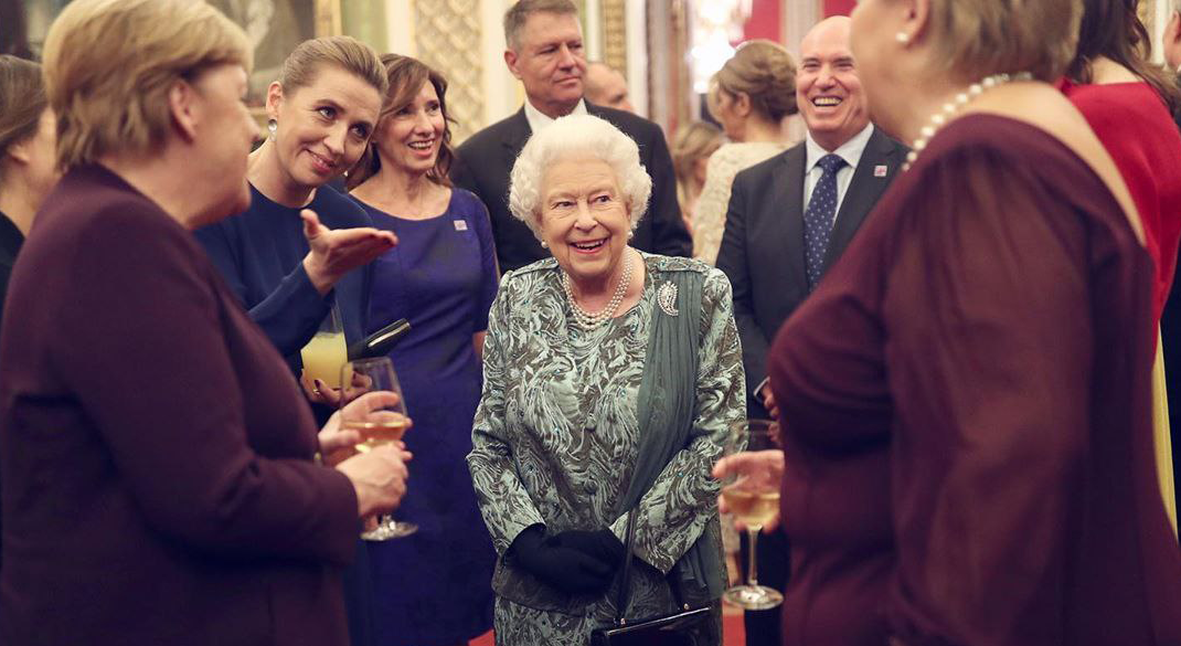 Salt: главное здесь, остальное по вкусу - Елизавета II, Кейт Миддлтон, Мелания Трамп и другие на приеме в Букингемском дворце