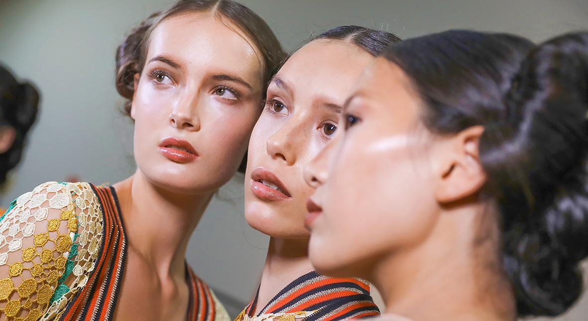 Salt: главное здесь, остальное по вкусу - Стеклянная кожа: как сделать модный макияж glass skin