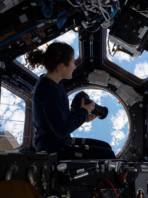 Salt: главное здесь, остальное по вкусу - Американка установила рекорд по пребыванию в космосе среди женщин