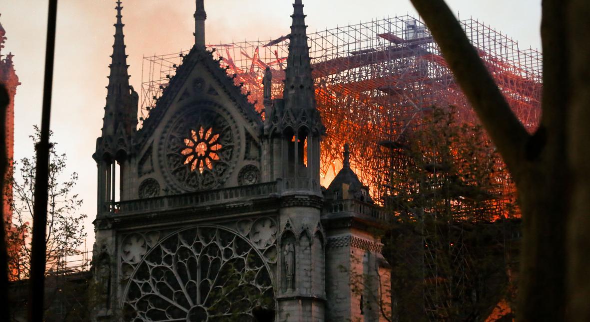 Salt: главное здесь, остальное по вкусу - Пожар в соборе Парижской Богоматери: главное о трагедии в Нотр-Даме