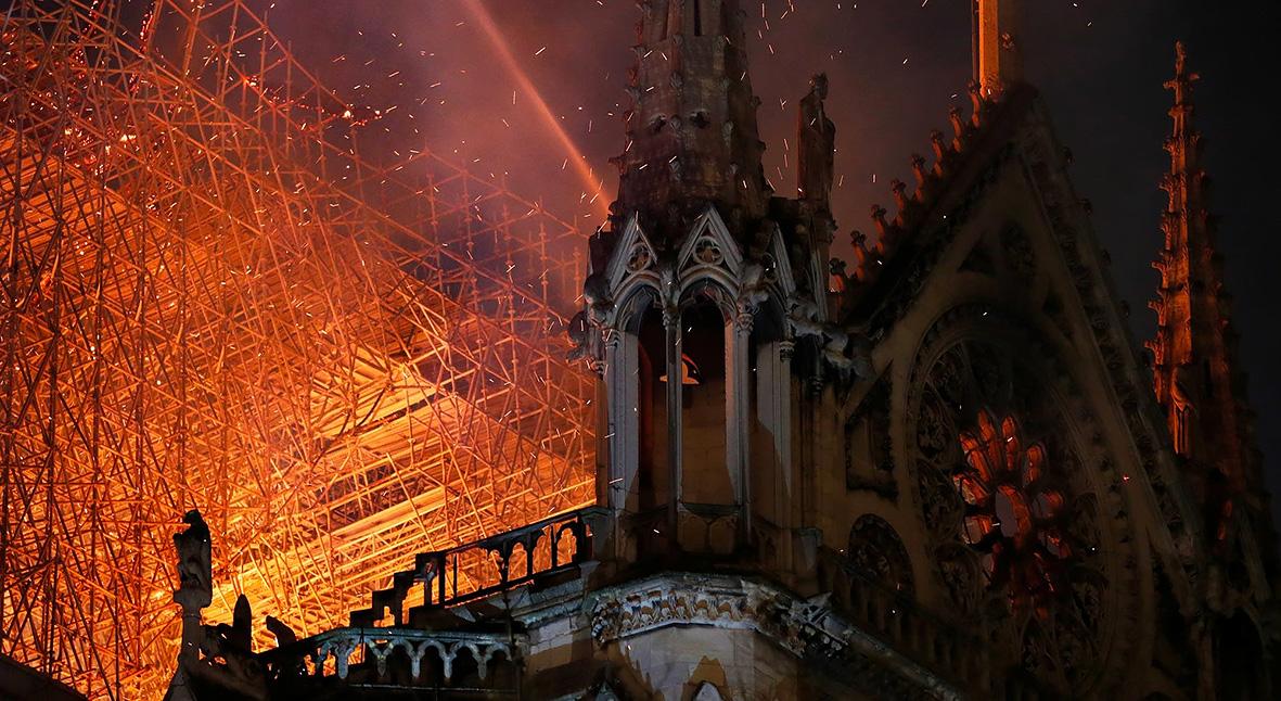 Salt: главное здесь, остальное по вкусу - Нотр-Дам выстоит: историк архитектуры Максим Юдов о том, почему собор так важен для нас
