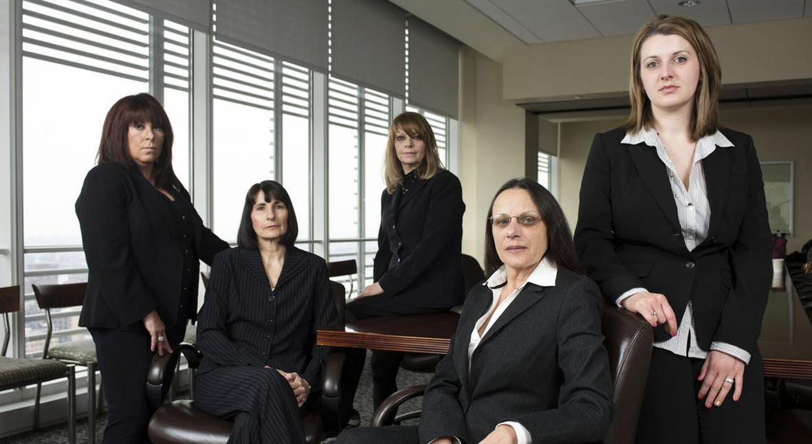 Salt: главное здесь, остальное по вкусу - Сотрудницы крупной ювелирной компании рассказали о сексизме и домогательствах на работе