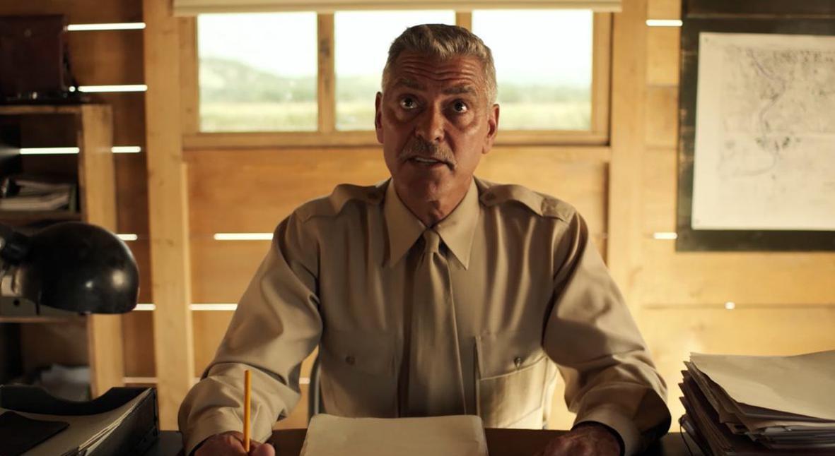 Salt: главное здесь, остальное по вкусу - Военные летчики: Джордж Клуни и Хью Лори в трейлере сериала «Уловка-22»