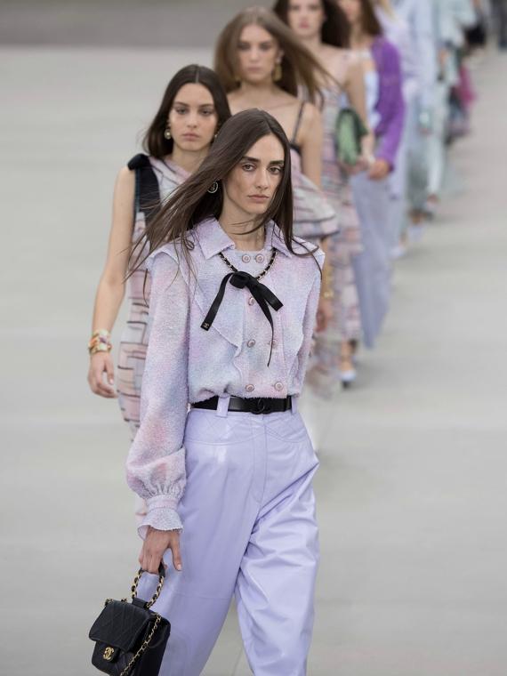 Salt: главное здесь, остальное по вкусу - Виржини Виар представила свою первую коллекцию для Chanel