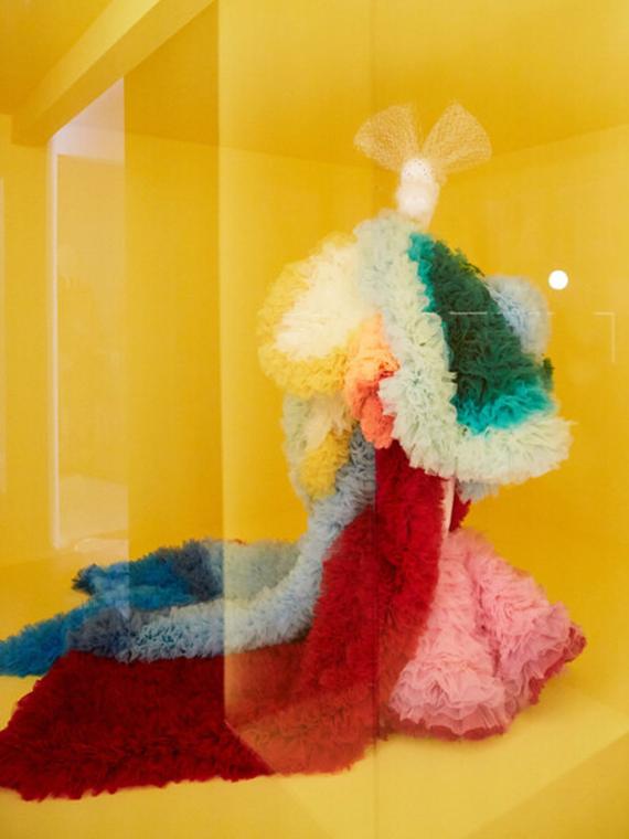 Salt: главное здесь, остальное по вкусу - «Кэмп: заметки о моде» — появились первые кадры с выставки в Метрополитен-музее