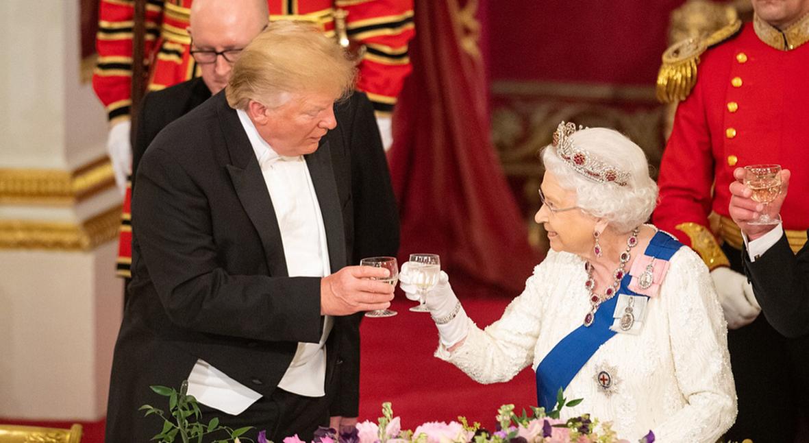 Salt: главное здесь, остальное по вкусу - Кейт Миддлтон, Елизавета II, Дональд Трамп на ужине в Букингемском дворце