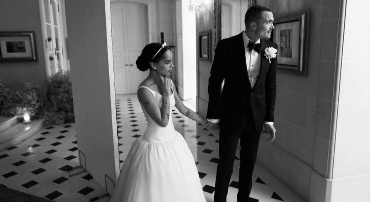 Salt: главное здесь, остальное по вкусу - Зои Кравиц и Карл Глусман поделились новыми фотографиями со свадьбы в Париже