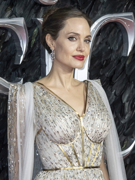 Salt: главное здесь, остальное по вкусу - Анджелина Джоли поучаствует в создании телешоу для подростков