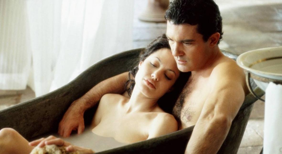 Salt: главное здесь, остальное по вкусу - Гильдия актеров США ввела новые правила съемок эротических сцен