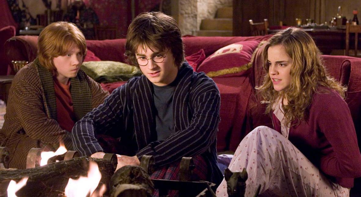 Salt: главное здесь, остальное по вкусу - Джоан Роулинг запустила сайт «Гарри Поттер дома» — он поможет развлечь детей на карантине