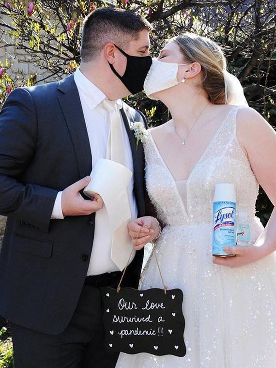 Salt: главное здесь, остальное по вкусу - «Никаких оправданий»: в Нью-Йорке разрешили заключать браки онлайн