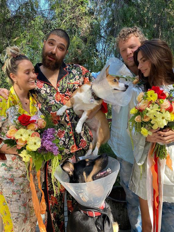 Salt: главное здесь, остальное по вкусу - Праздник для собак: Эмили Ратаковски устроила дома свадебную церемонию