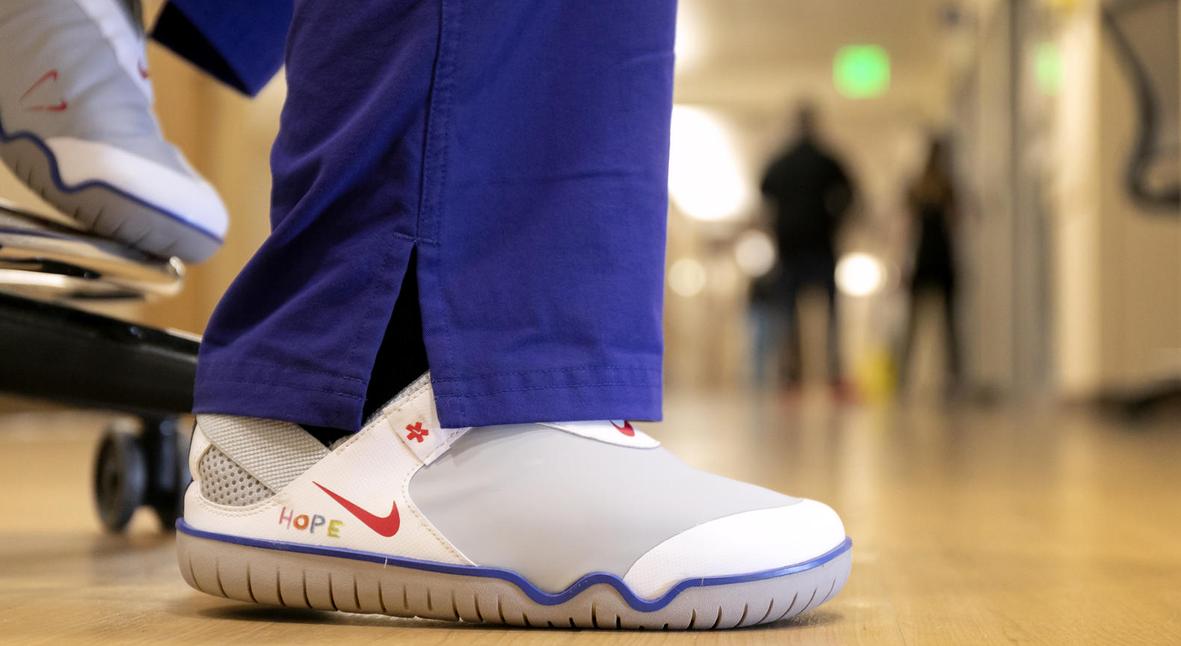 Salt: главное здесь, остальное по вкусу - Nike бесплатно раздаст 32 тысячи пар специальных кроссовок для медиков