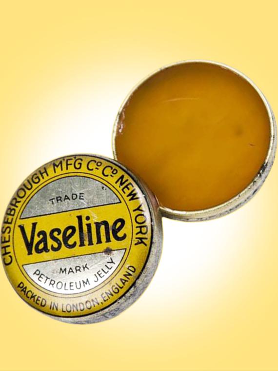 Salt: главное здесь, остальное по вкусу - Нефтяное желе: как появился вазелин и чем он полезен для кожи