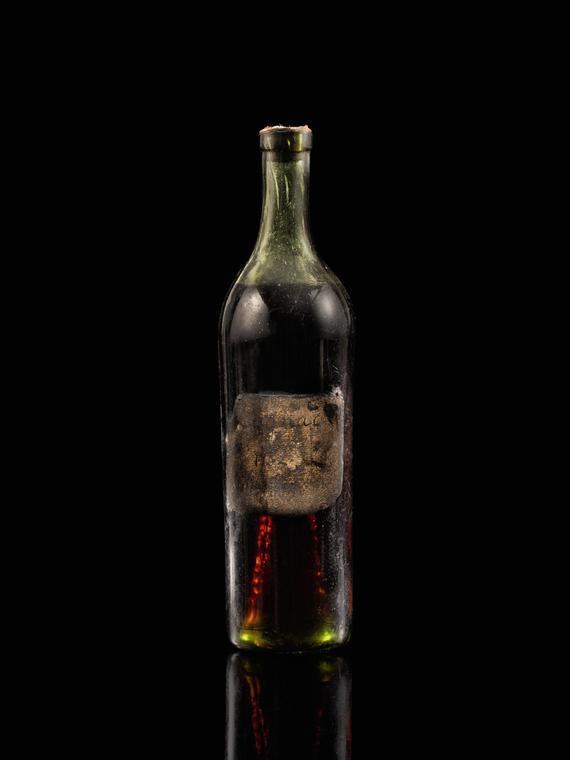 Salt: главное здесь, остальное по вкусу - Бутылку коньяка 1762 года продали на аукционе за 145 тысяч долларов