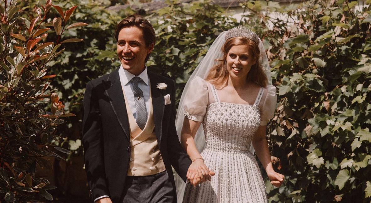 Salt: главное здесь, остальное по вкусу - Инсайдеры рассказали, как проводят медовый месяц принцесса Беатрис и Эдоардо Мапелли-Моцци
