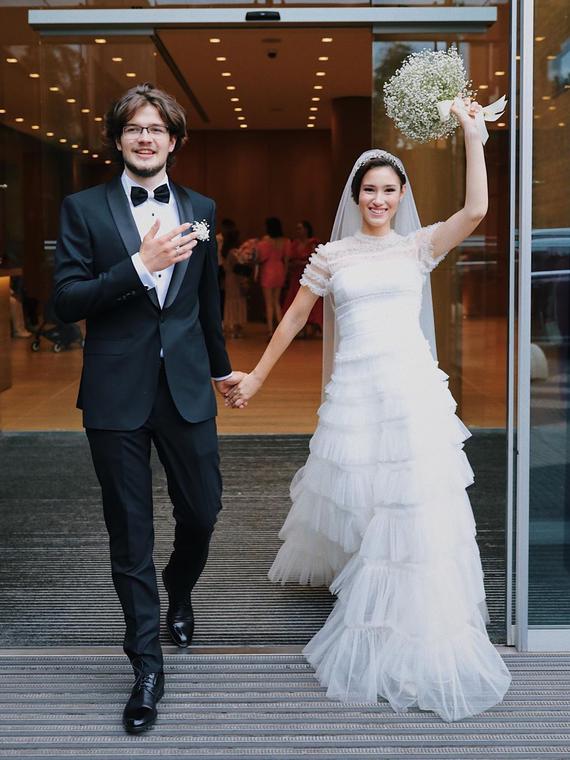 Salt: главное здесь, остальное по вкусу - Дочь Бориса Немцова Дина вышла замуж